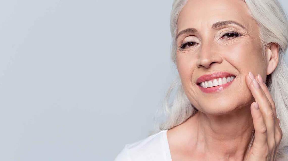 after treatment dental implant result